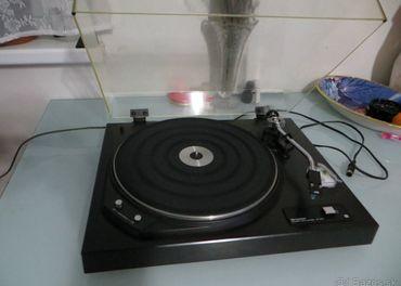 REZERVOVANÉ-BB----Vintage gramafon SHARP RP-1122H