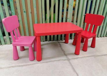 Detský stôl a dve stoličky, mamut