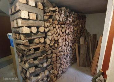 Drevo palivové, suché, cca 7,1 m3 rovnaný