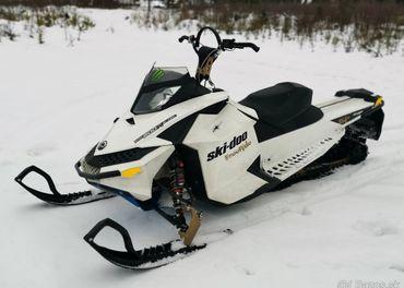 Snežný skúter BRP SKI-DOO 800 X E-TEC FREERIDE 154