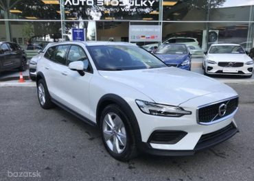 Volvo V60 D4 AWD AUT CROSS COUNTRY
