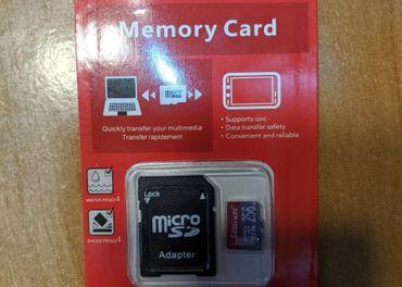 Predam Micro SD kartu 256gb + SD adaptér.