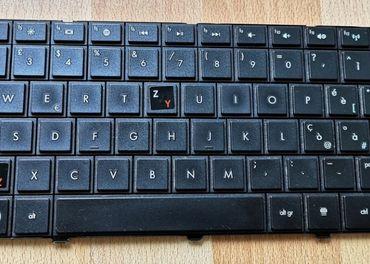 Predám klávesnice a DVD-RW