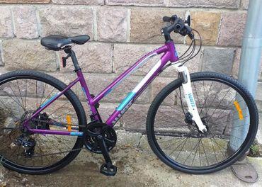 Predám zanovny trekovy bicykel White SC Trainer, 2