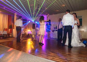 Dj hudba na oslavy svadby stretávky večierky
