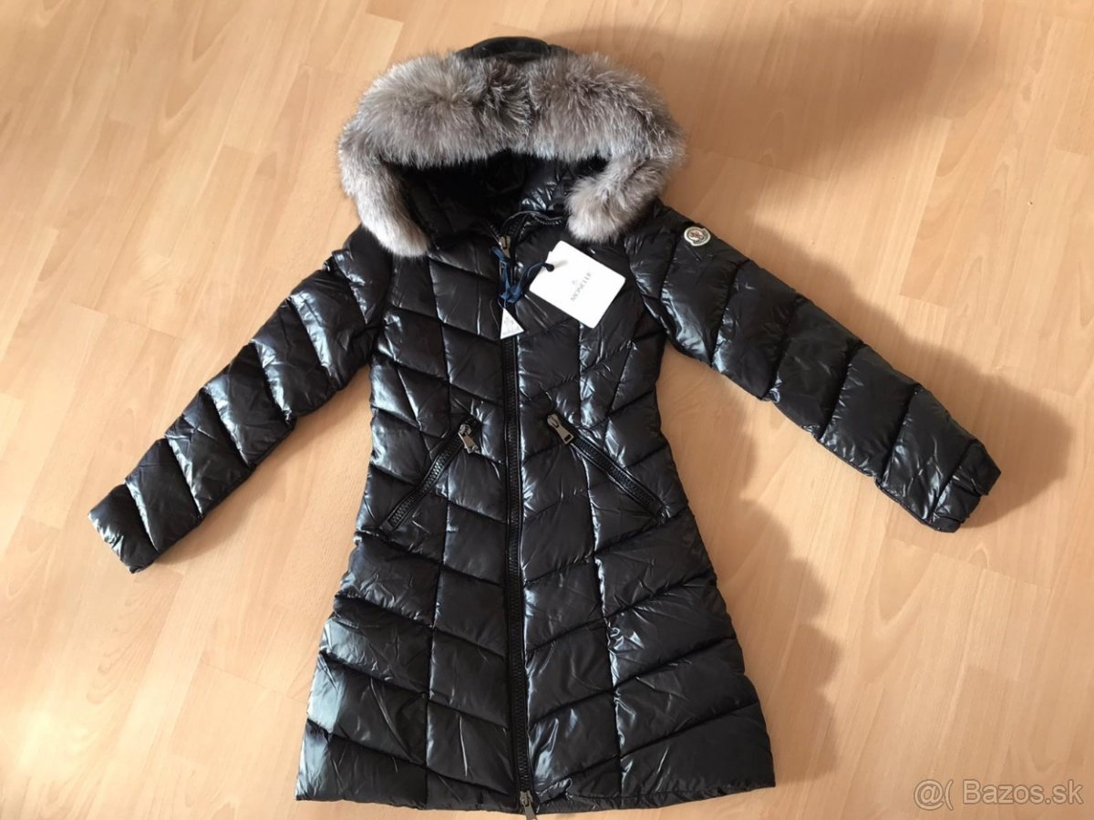 Moncler zimná bunda nova velkost S