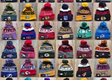 Zimné čiapky klubov NHL , NBA , NFL