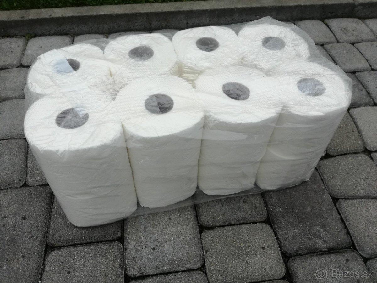 Toaletný papier (0,125 € / role)  tri vrstvé z celulózy