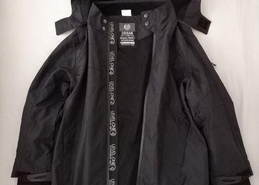 Nepremokavá bunda veľkosť 140
