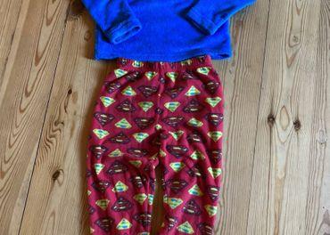 Superman pyžamo/domáci úbor - 122