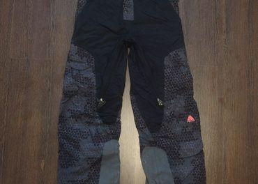 Dámske NIKE lyže/snowboard NOHAVICE (172cm)