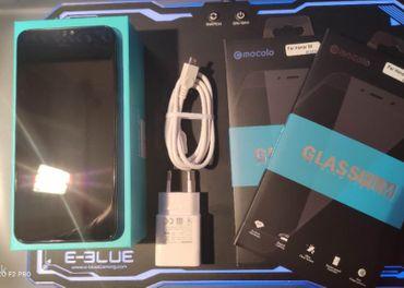 Predám HONOR 8X 4GB/64GB DualSIM,čierny+bohaté pr.