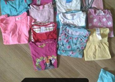Predám  dva vrecia oblečenia pre dievčatko