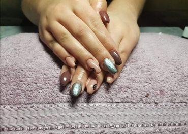 Manikúra-Gelové nechty