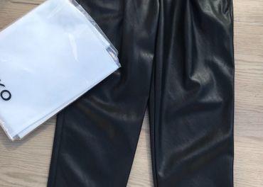 Pinko nohavice 100%eko koža,nové,IT38