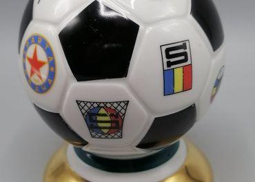 Horní Slavkov, Futbalová lopta, porcelán