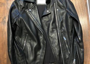 Kožená bunda čierna- ako nová