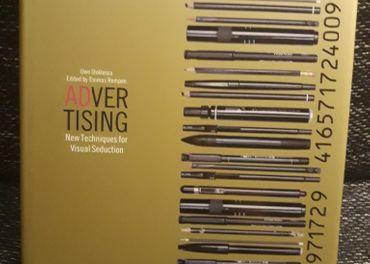 Kniha Advertising