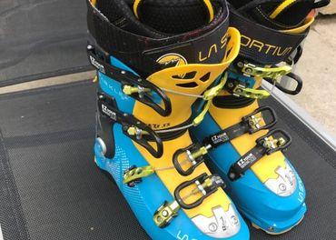 Ski walk sparkle