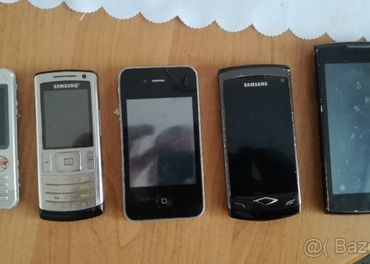 Predam tieto mobilne telefony