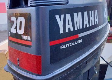 Predám závesný motor na čln YAMAHA 20 HP