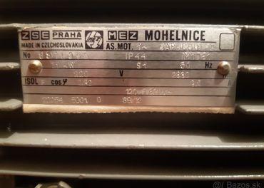 motor.1.1kw 2830 ot.220 voltov