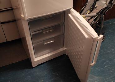 Chladnička s mrazničkou Bosch KGV36X27