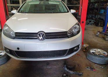 Rozpredam Volkswagen Golf 6 1,6tdi farba LB9A