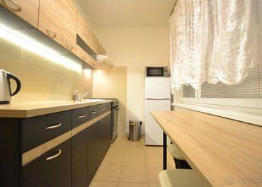Pekný slnečný 1-izbový byt na predaj,37m², Mikoviniho ulica