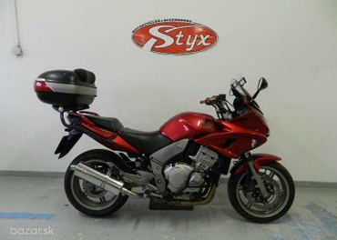 Honda CBF / Hornet 1000