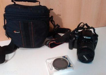 Predám fotoaparát Canon EOS 1100D