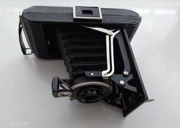 Predám starožitný fotoaparát Zeiss Ikon.