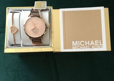 Michael Kors set damske hodinky a naramok MK3863