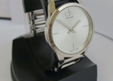 Nové elegantné Calvin Klein hodinky - silver