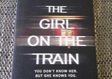 Dievča vo vlaku - anglicky