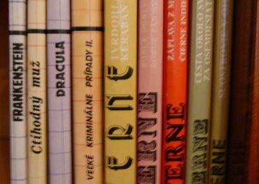 Romány pre mládež - rôzne tituly