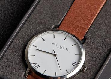 Elegantné náramkové hodinky - ALL EQUAL