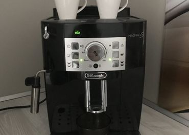 Kávovar Delonghi Magnifica S
