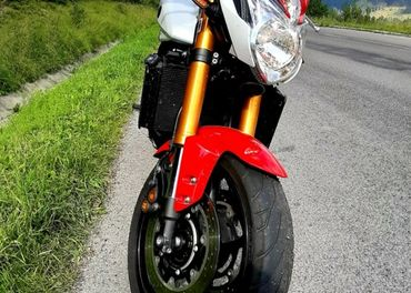Yamaha FZ8  Zimna cena 4299€