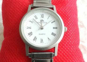 Predam damske hodinky Helvetia