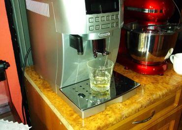 Kavovar delonghi ECAM 22.360.S espresso