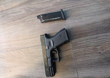 glock 19 plyn