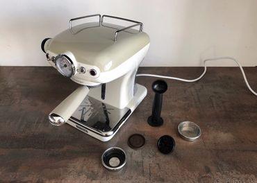 Predám pákový retro kávovar Ariete