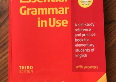Essential Grammar in Use (3rd edition Cambridge) anglická