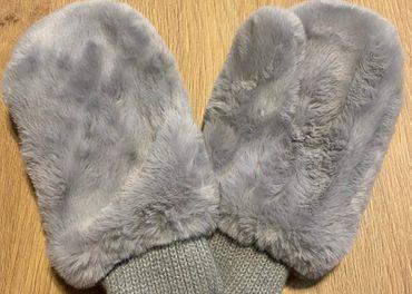 Nadherne rukavice