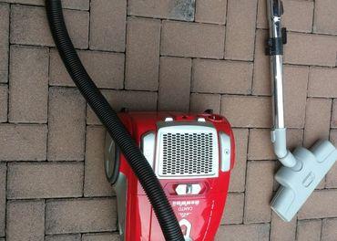 Predám kvalitný podlahový vysávač ETA 3481 spolu s turbohubi
