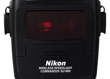 Predám Nikon SU-800