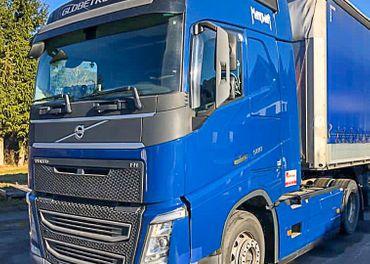 Súprava Volvo FH 500 + náves Schmitz