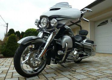 Harley-Davidson CVO STREET GLIDE FLH XSE