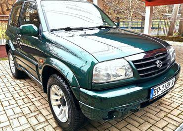 Suzuki grand vitara 1.6 benzín MODEL2004 ťažné top stav